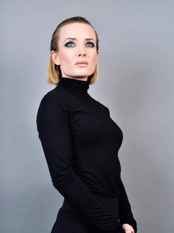 Caroline Besson