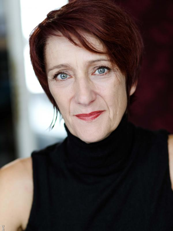 Evelyne MOISSON-BONNEVIE