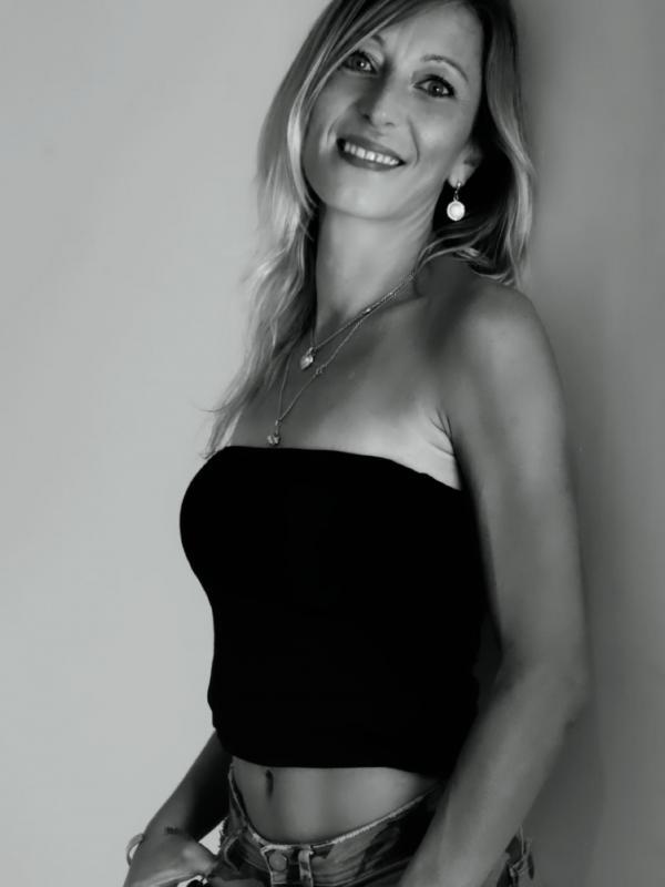 Claire Cc